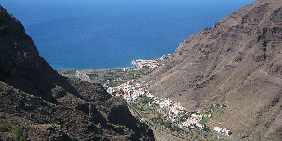 Canary-islands-hiking-walking-La-Gomera-canariaways