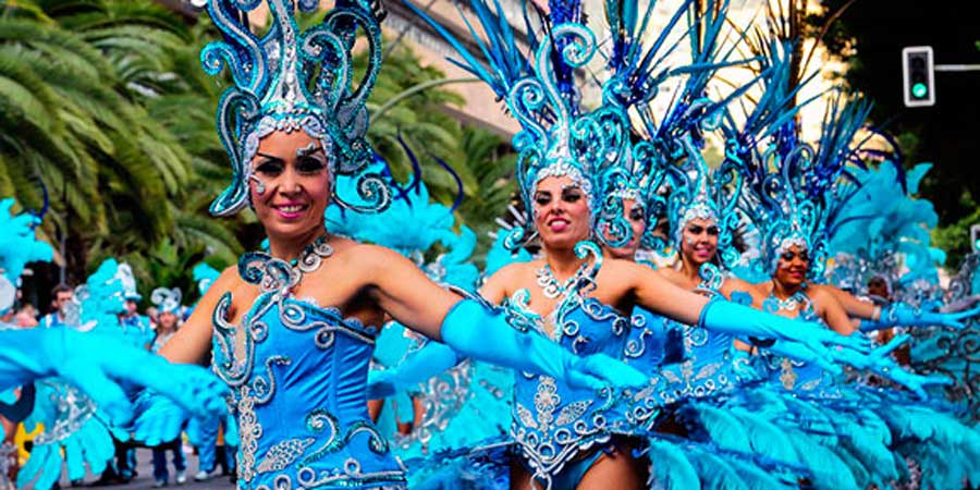 tenerife-carnival-celebration-parade