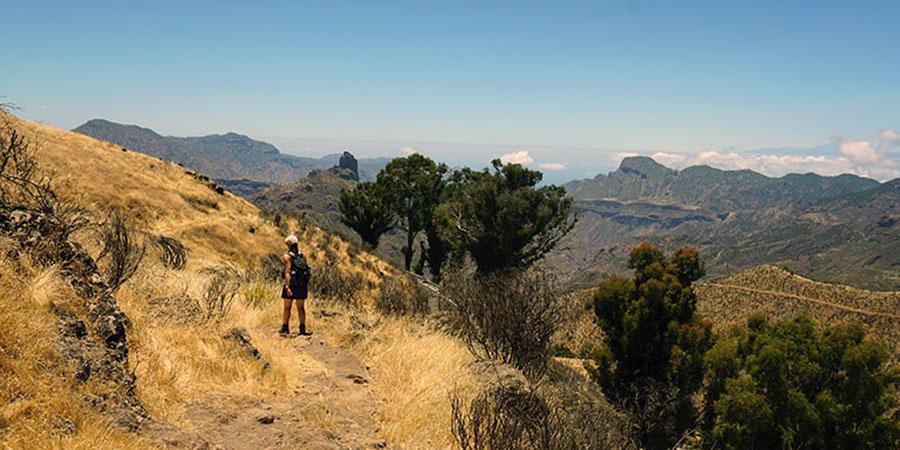 landscape-walker-roque-bentayga-gran-canaria-canariaways
