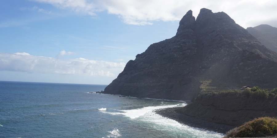 Hiking-In-Tenerife-North-Coast-Mountains-Sea